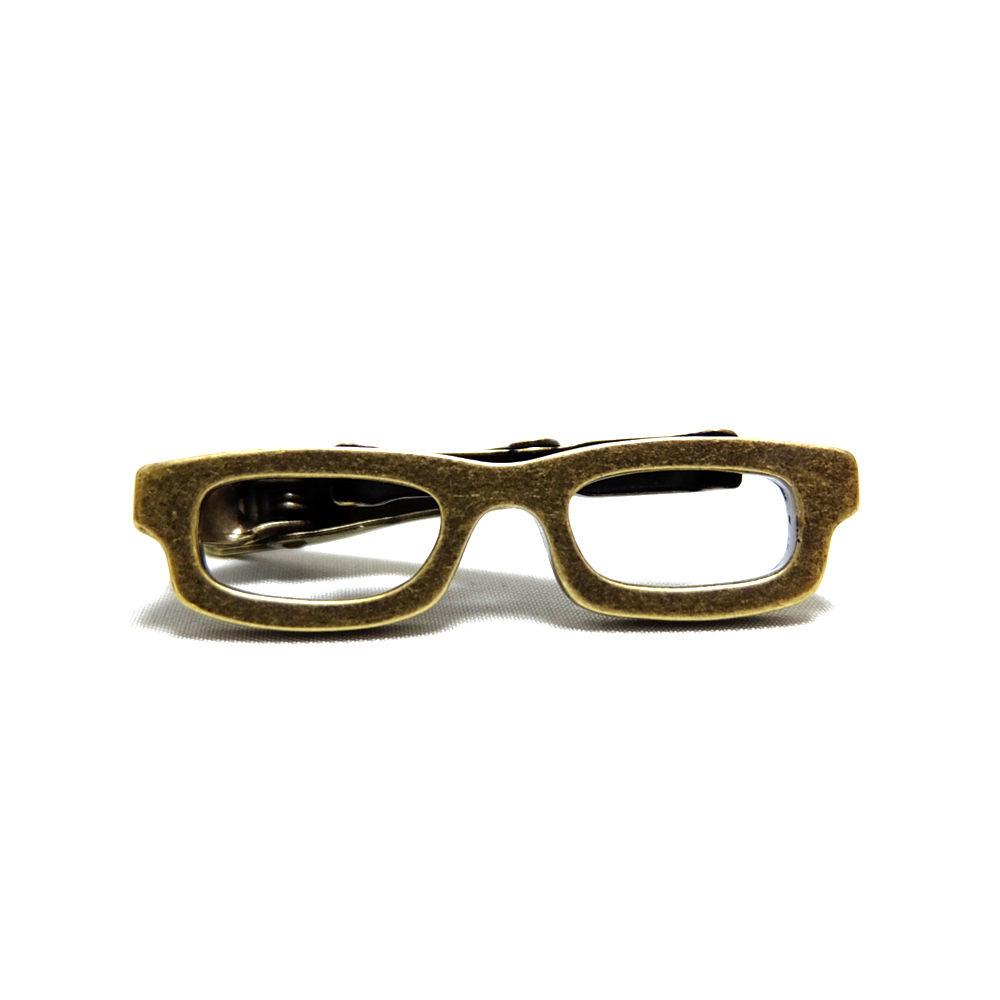 シャツのメガネイド「メガネネクタイピン」