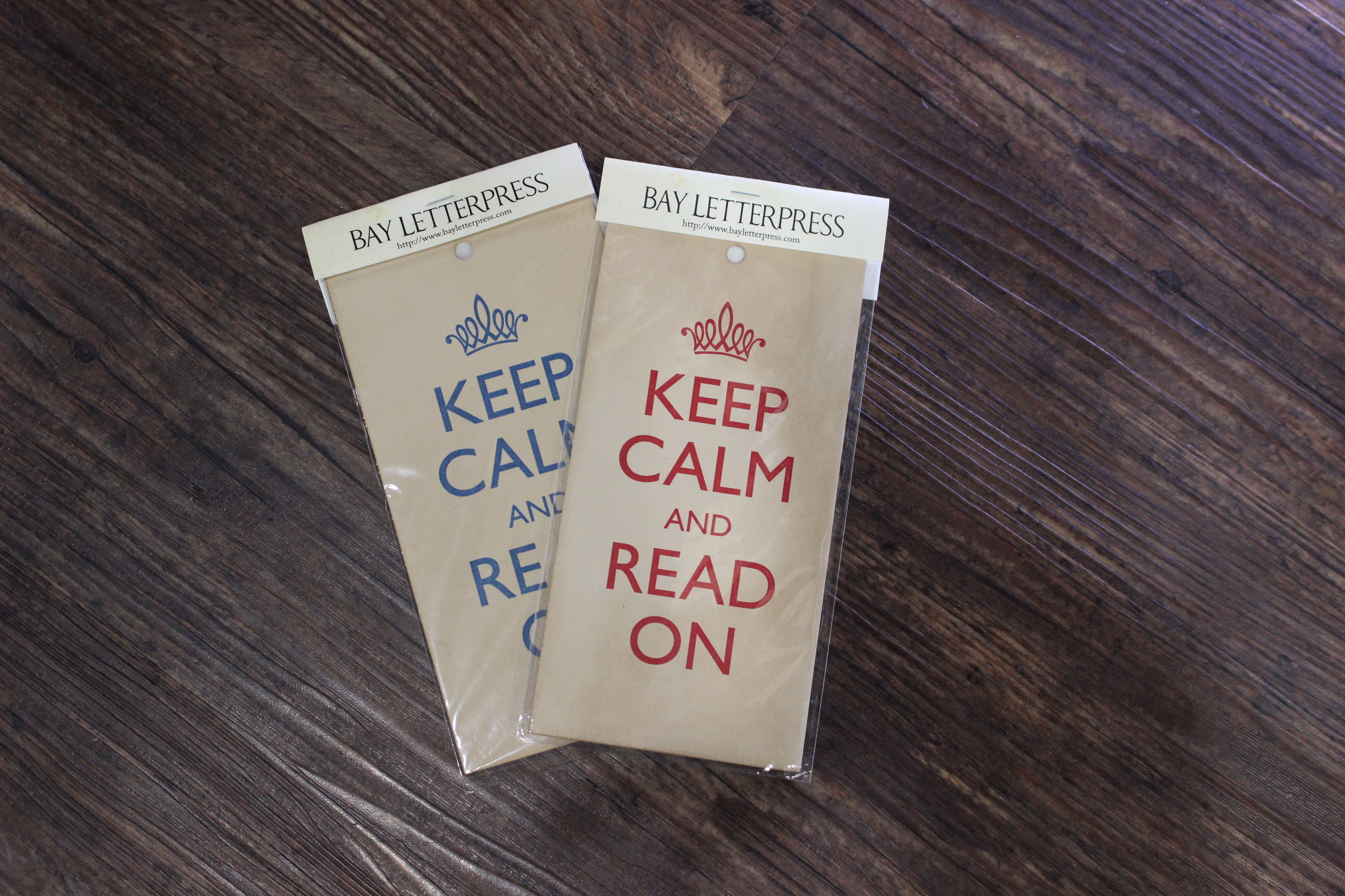 KEEP CALM AND READ ON(ANTIQUE.ver)のミニポスター