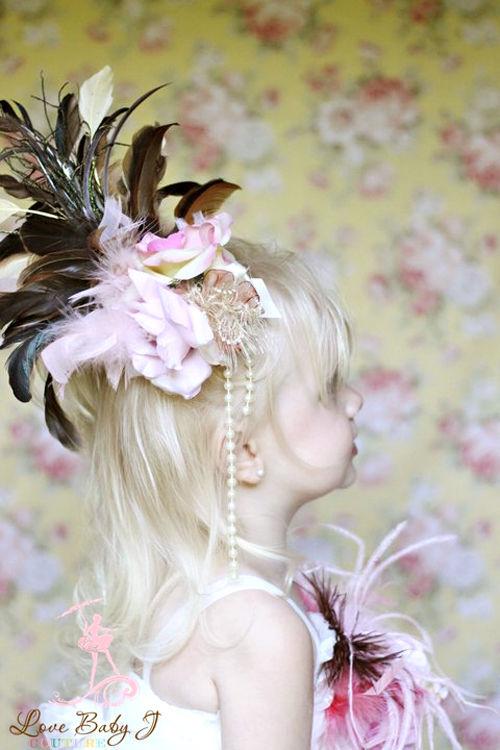(レンタル)2つのローズとゴージャスファーのロングパールヘッドドレス☆「Little Lady」