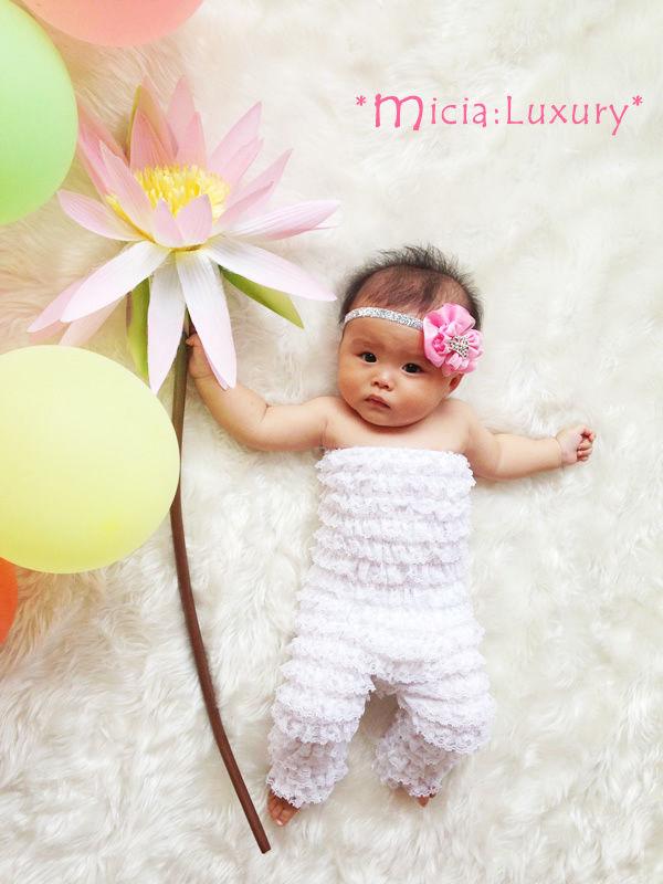 (レンタル)ベビーのロングロンパースホワイト&キラキラクラウンのシルバーヘッドドレスセット☆3-12moths ハーフバースデー・1才誕生日