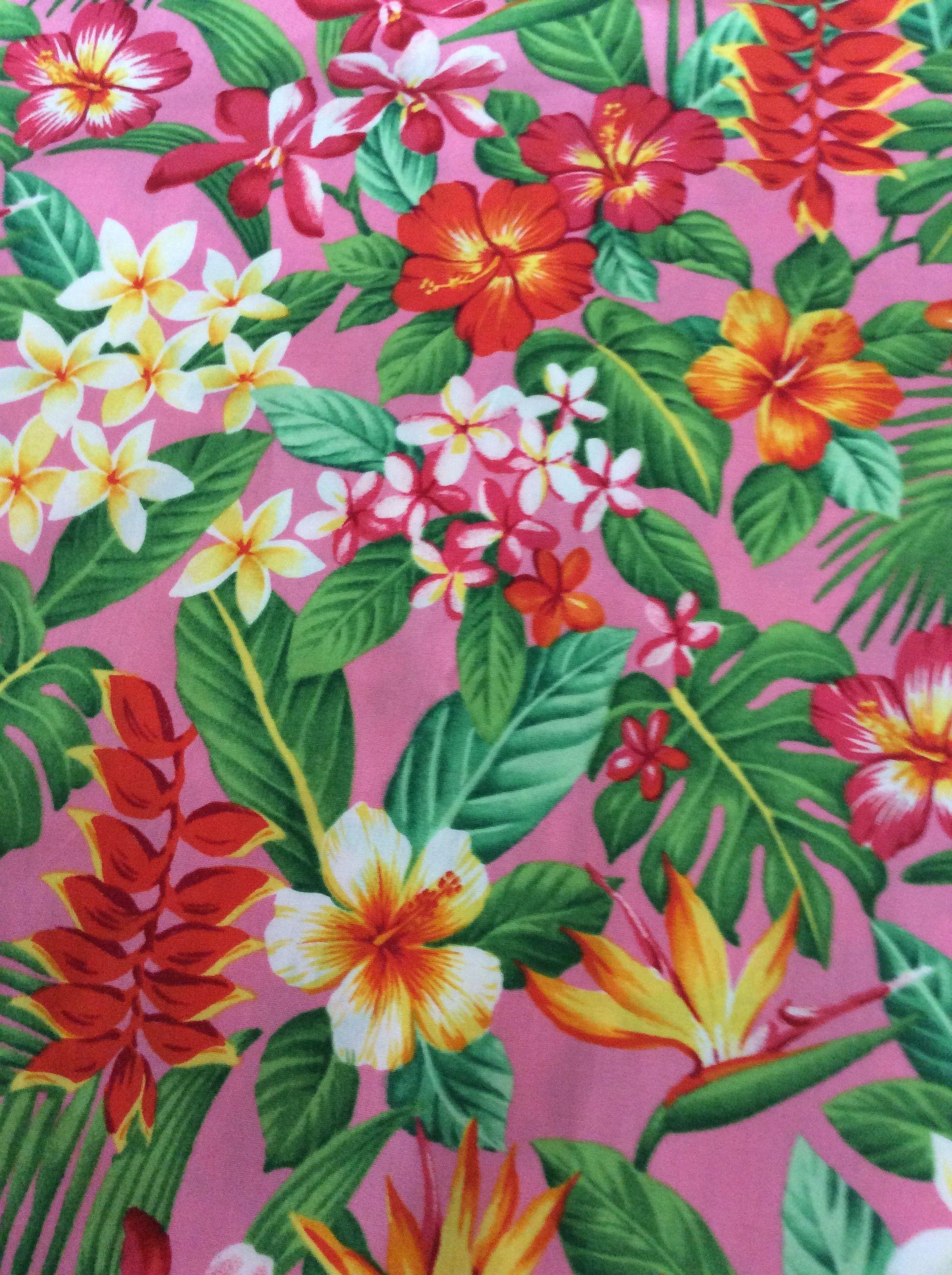 ピンク  カラフル ハワイアンフラワー by カイムキドライグッズ