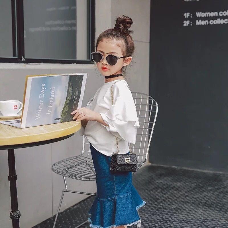 ウエストゴム 裾フリルデニムスカート