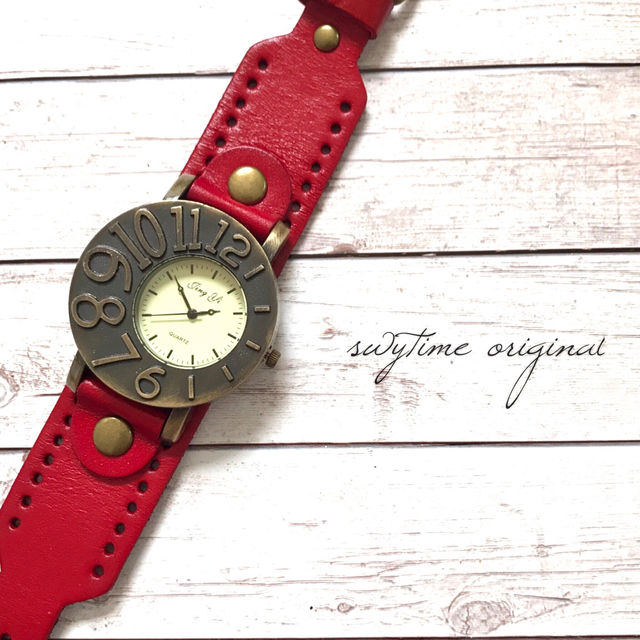 アシンメトリーが可愛い腕時計 ペアウォッチ メンズ レディース シンプル ギフト 人気 プレゼント 時計 おしゃれ 安い ブレスレット 赤 レッド レザー