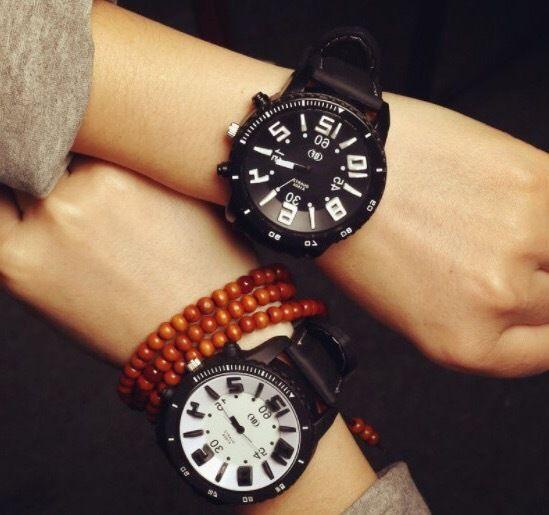 【ペア価格】ラバーベルトペアウォッチ ブラック×ホワイト  腕時計 メンズ レディース シンプル ギフト 人気 プレゼント 時計 おしゃれ 安い かわいい プチプラ ブレスレット
