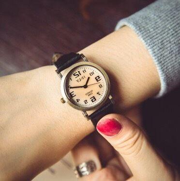 レザーウォッチ 腕時計 メンズ レディース シンプル ギフト 人気 プレゼント 時計 おしゃれ 安い かわいい プチプラ ブレスレット 黒 ブラック アンティーク