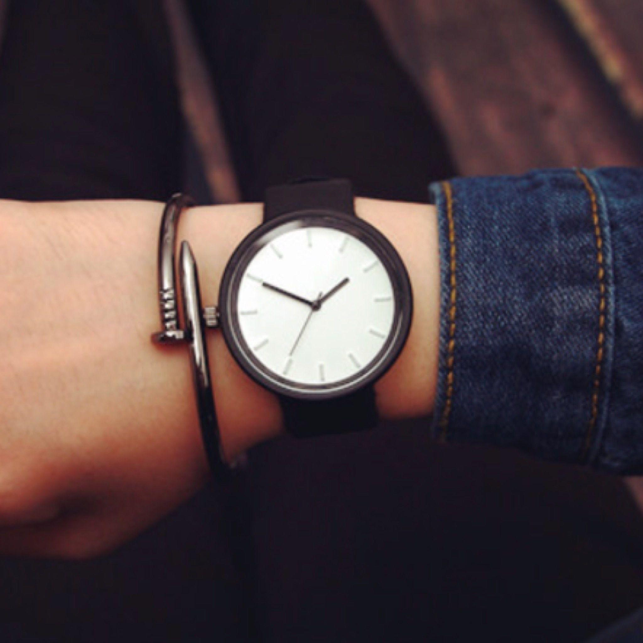 夏のシンプルウォッチ ホワイト  腕時計 メンズ レディース シンプル ギフト 人気 プレゼント 時計 おしゃれ 安い かわいい プチプラ ブレスレット