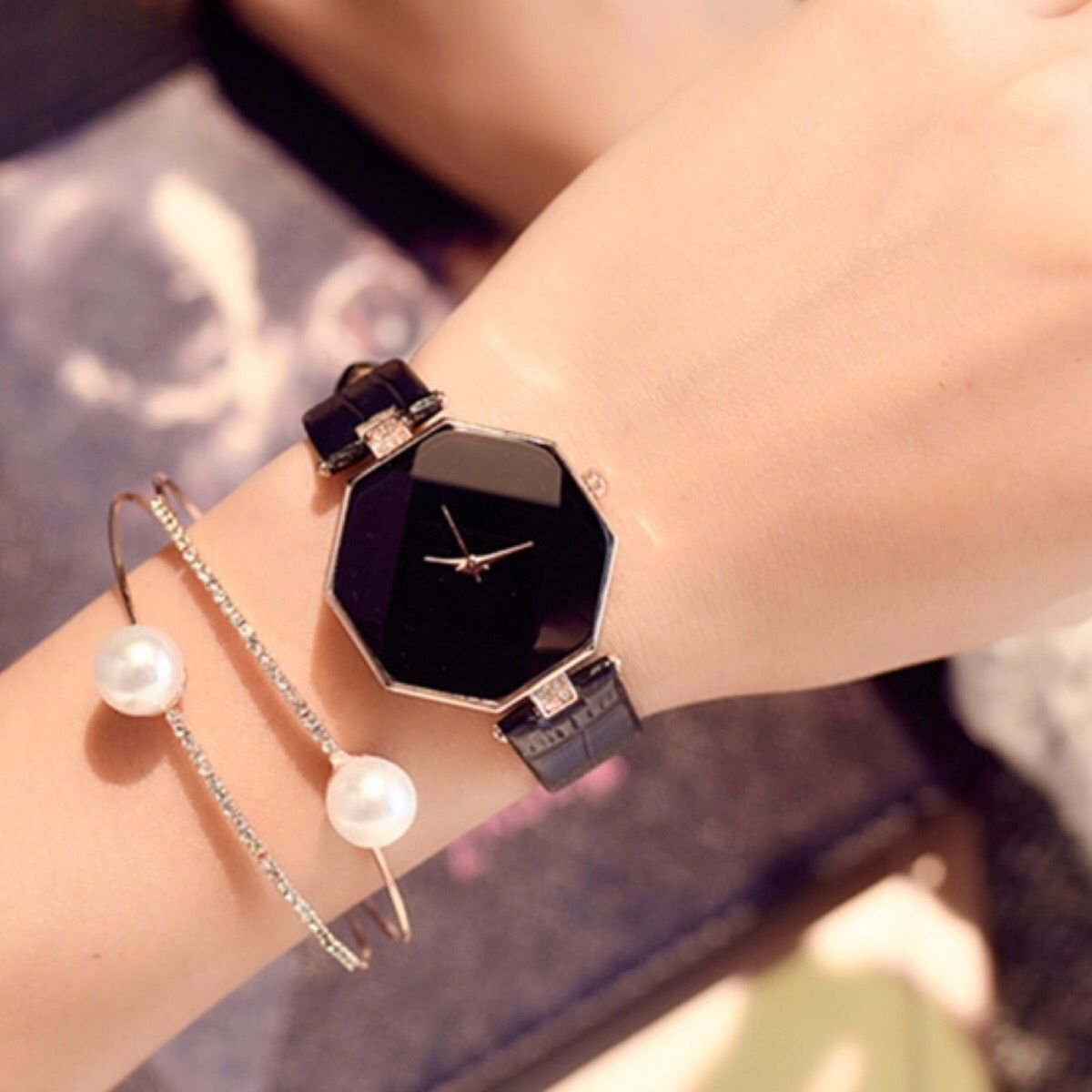秋色 クリアウォッチ ブラック  レディースサイズ シンプル ギフト 人気 プレゼント 時計 おしゃれ 安い かわいい ブレスレット 腕時計