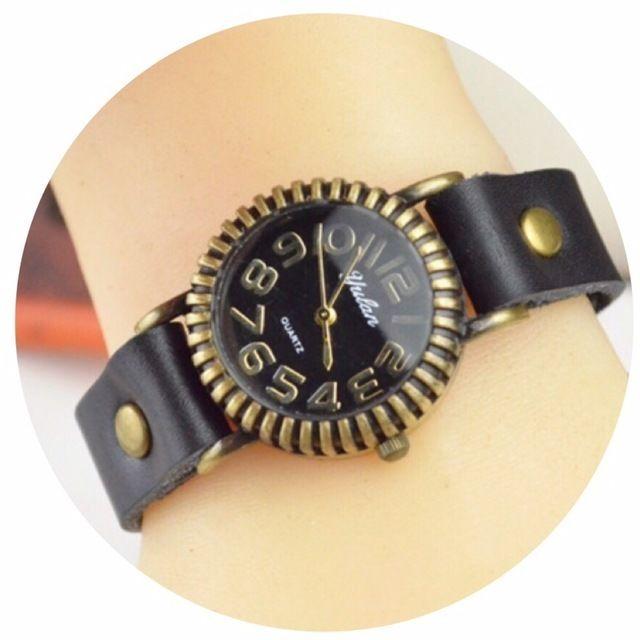 レザーが可愛い腕時計 ペアウォッチ メンズ レディース シンプル ギフト 人気 プレゼント 時計 おしゃれ 安い かわいい プチプラ ブレスレット 敬老の日 ブラック レザ
