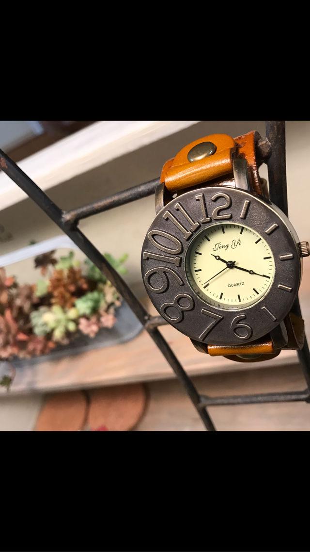 アシンメトリーが可愛い腕時計 ペアウォッチ メンズ レディース シンプル ギフト 人気 プレゼント 時計 おしゃれ 安い ブレスレット 薄茶 ライトブラウン レザー 敬老の日