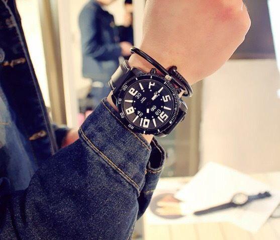 ラバーベルトウォッチ ブラック  腕時計 メンズ レディース シンプル ギフト 人気 プレゼント 時計 おしゃれ 安い かわいい プチプラ ブレスレット  黒 モノトーン