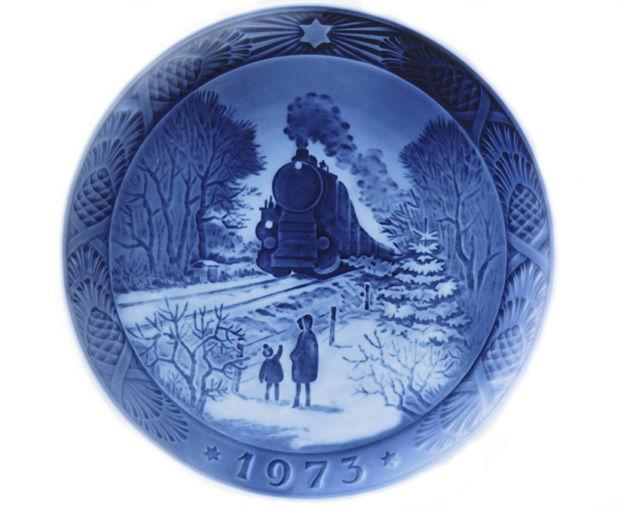 ロイヤルコペンハーゲン イヤープレート 1973年/昭和48年 「クリスマスの帰省」