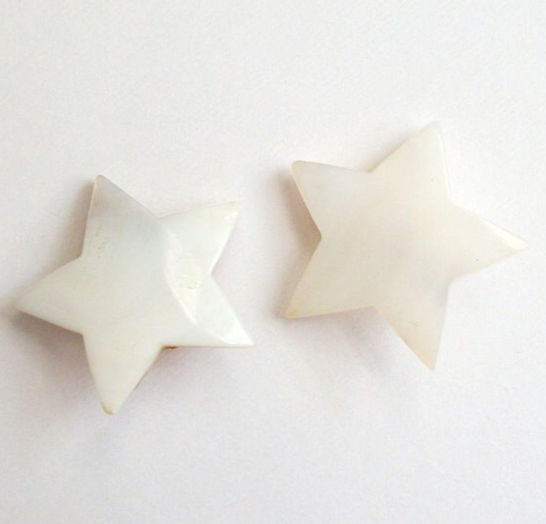 Star vintage shell earrings
