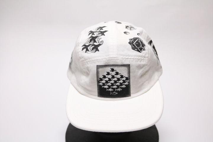 supreme 2017SS MC ESCHER CAMP CAP WHITE