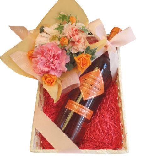 フランスのデザートワイン(750ml)とピンクとオレンジのお花のアレンジメント