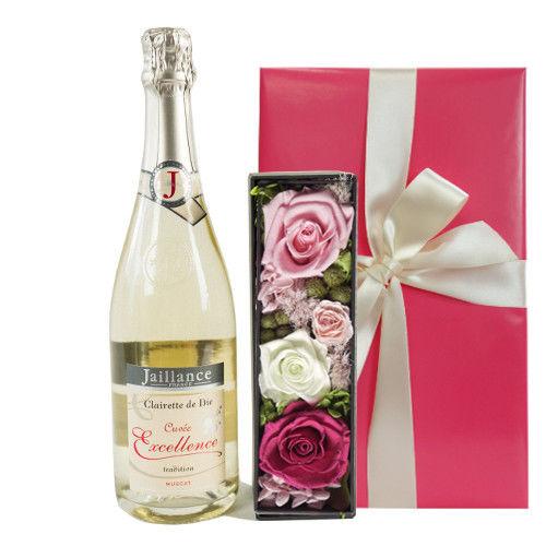 おしゃれなギフト フランスのスパークリングワインとボックス入りのプリザーブドフラワー