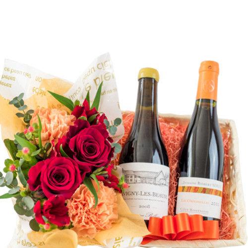 父の日のプレゼント バラとカーネーションのフラワーアレンジメント ハーフサイズのフランス赤白ワイン詰め合わせ