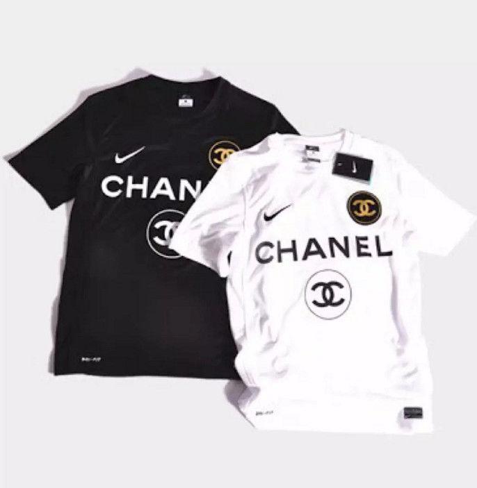 シャネル   Tシャツ    半袖     ロゴプリント   カジュアル     トップス