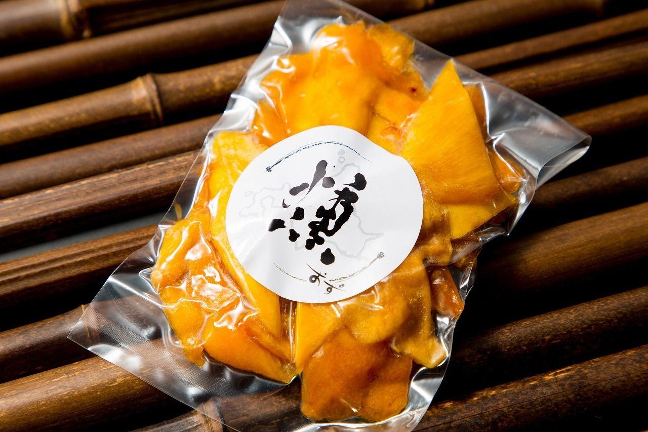 燻製のドライマンゴー
