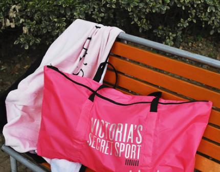 Victoria's Secret スポーツバッグ