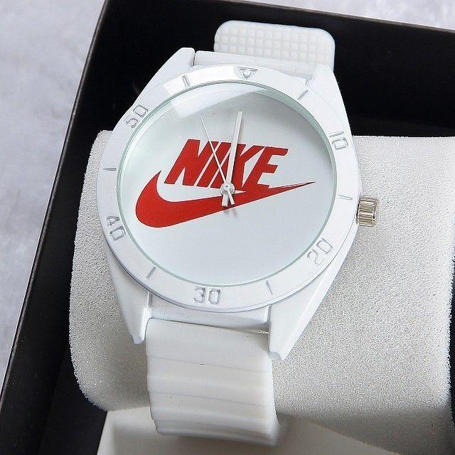 AD-2(13)?新品 NIKE ナイキ メンズ 男女兼用 腕時計 シンプル