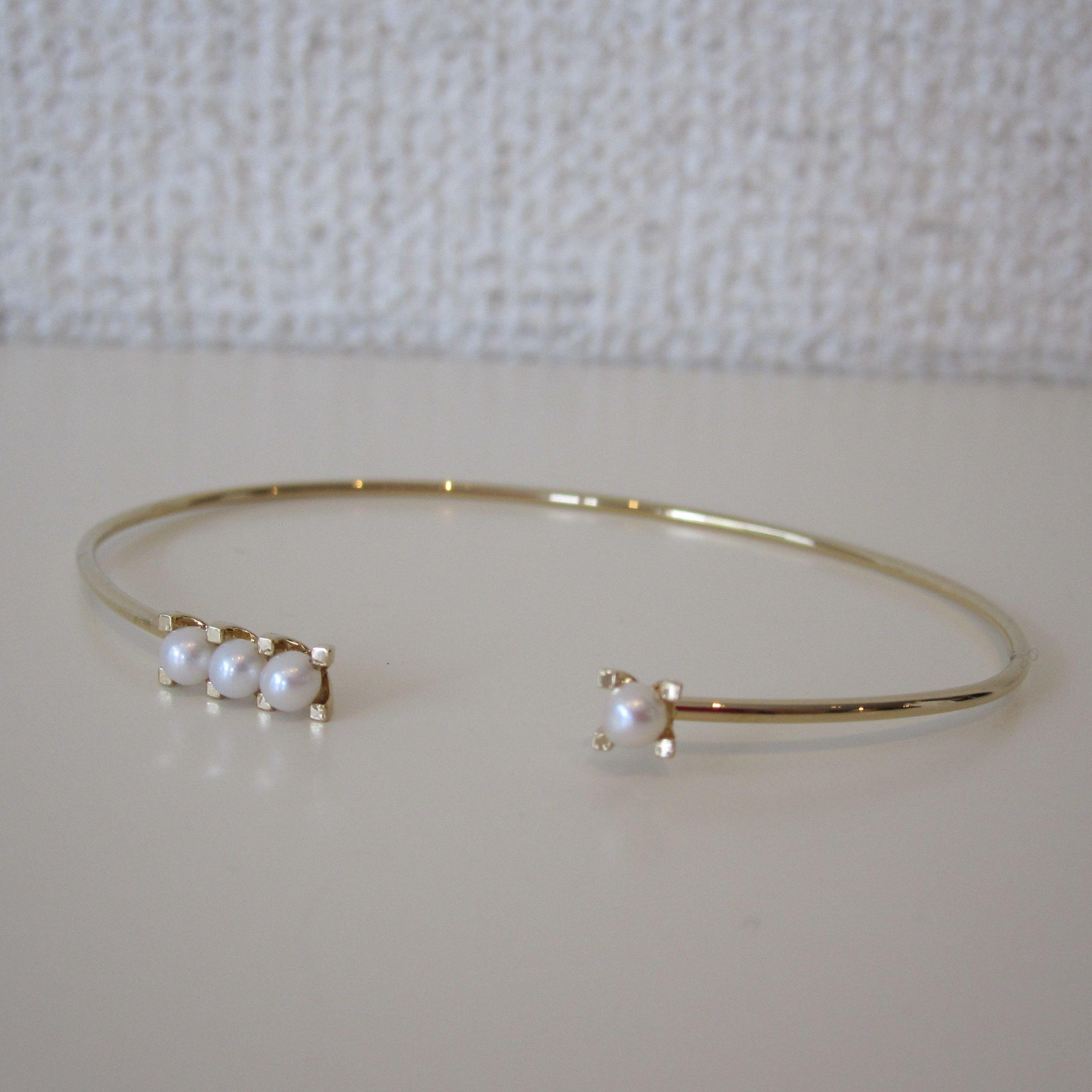 FULLOFGRACE pearl bracelet