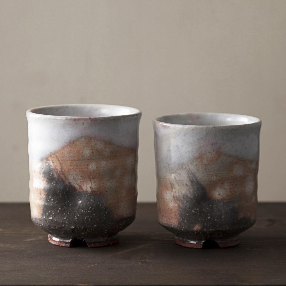 ◆◇陶器 萩焼 輪花◆◇ 組湯呑(木箱入) 国輔 作