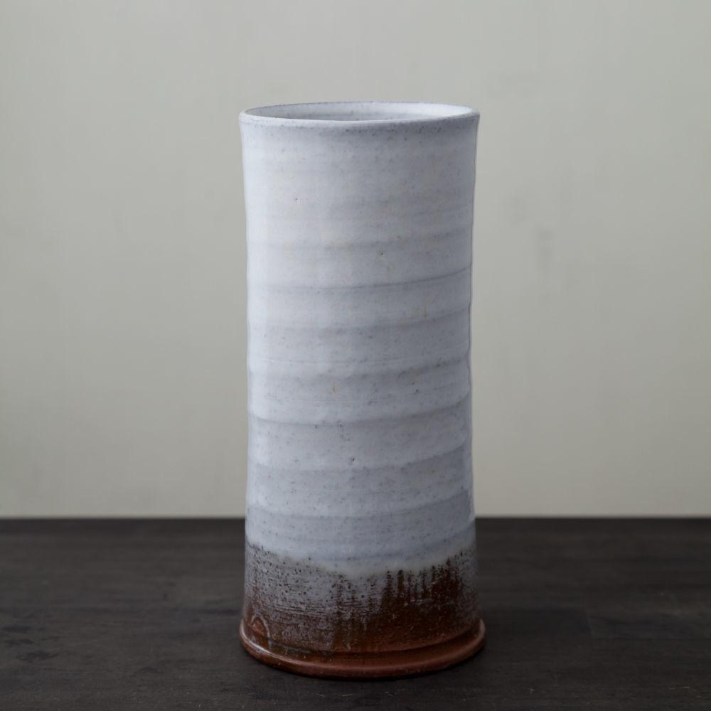 陶器 萩焼 輪花 白萩花瓶(木箱入) 白景山
