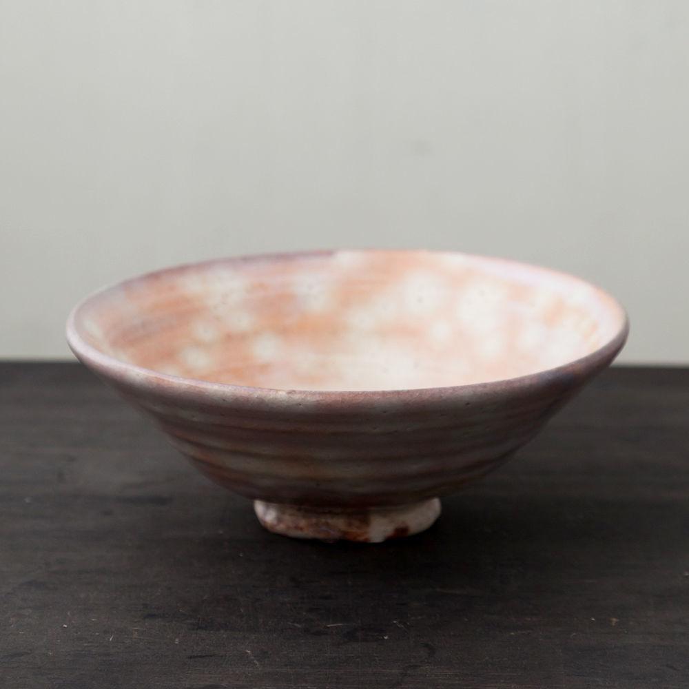 陶器 萩焼 輪花 平抹茶碗(木箱入) 林紅陽 作