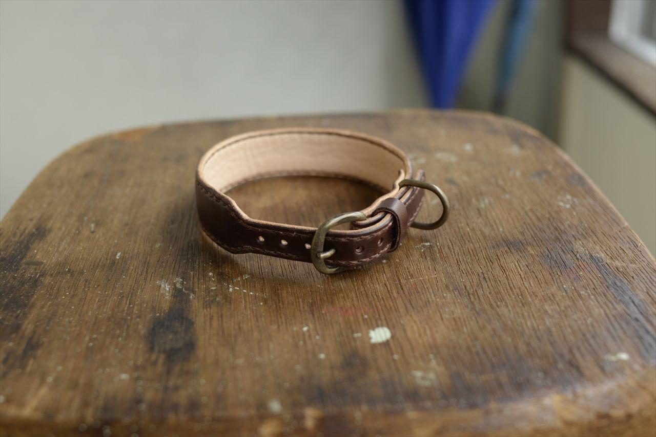 ブライドルレザーの中・小型犬用首輪 001