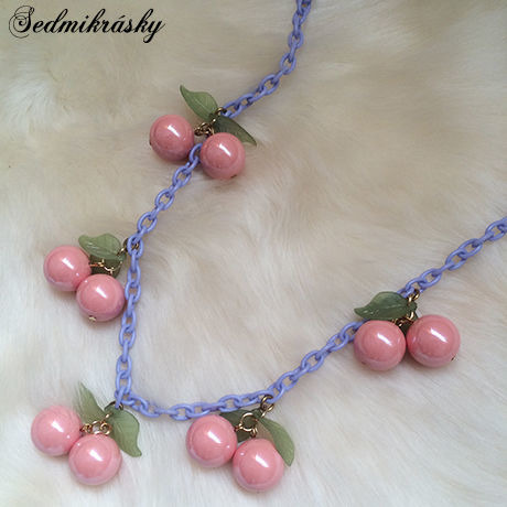Cherry Necklace / Coral