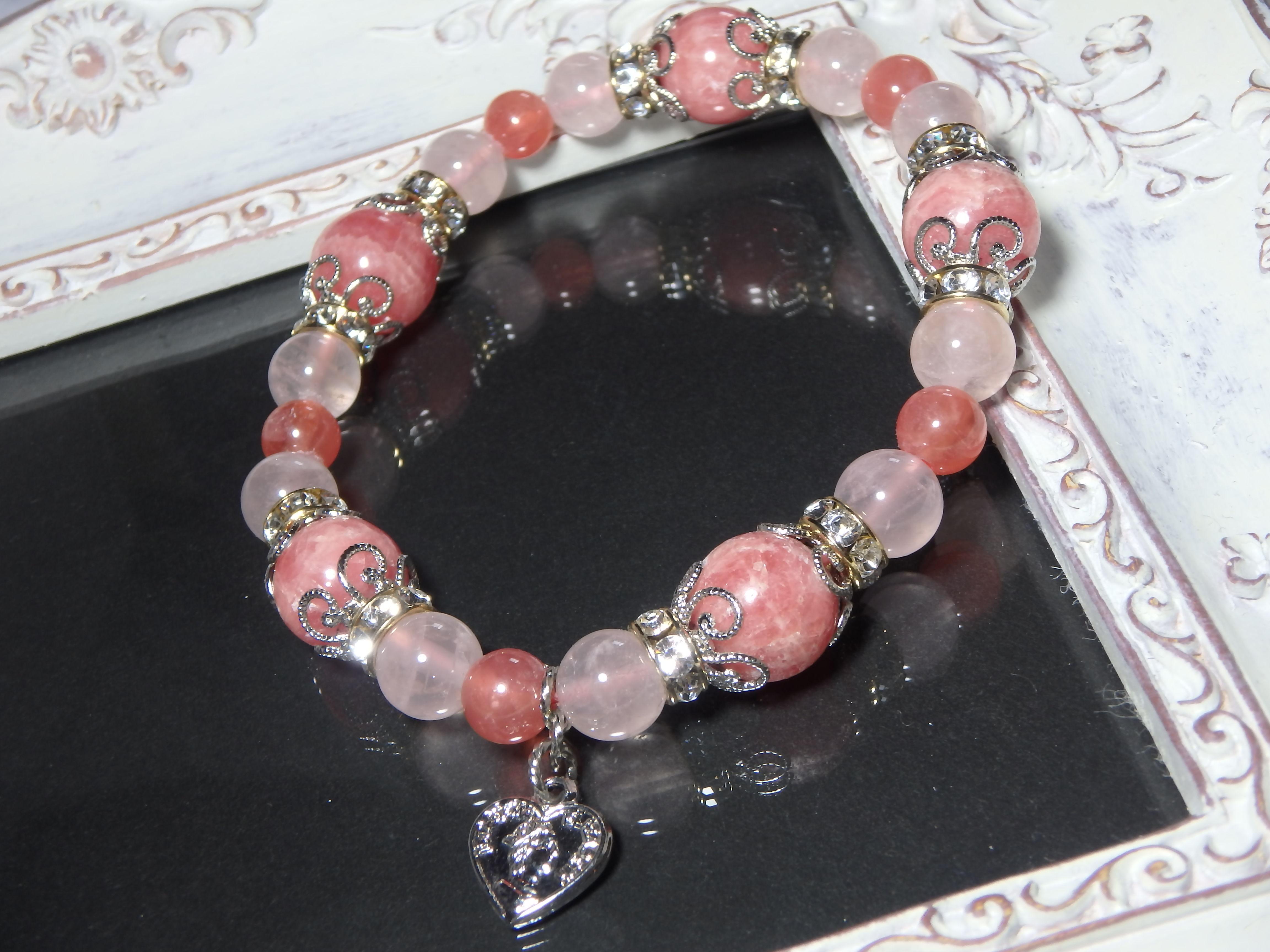 「薔薇色の愛情を手に入れる最強の恋愛運UPのOriginal Amulet Bracelet」【La Vie an rose(ラヴィアンローズ)】