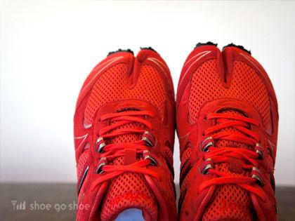 【 送料無料 】 ● 足袋型シューズ ● Lafeet Zipang (ラフィート・ジパング) / RED LZ1  / made in JAPAN(日本製)