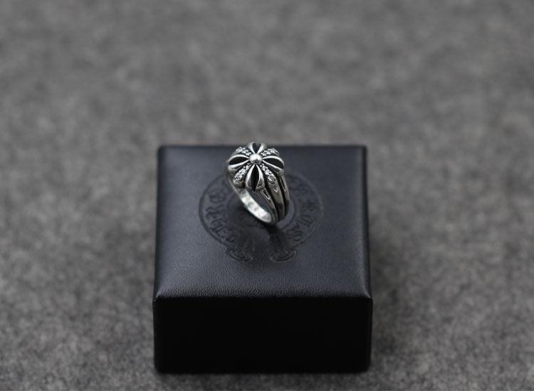 人気CHROME HEARTS クロムハーツ 指輪 シルバーリング 男女兼可 勧め美品