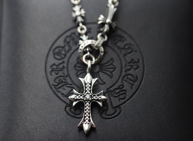 人気CHROME HEARTS クロムハーツ ネックレス  シルバー ダイヤモンドペンダント 十字架 55/60CM 男女兼用