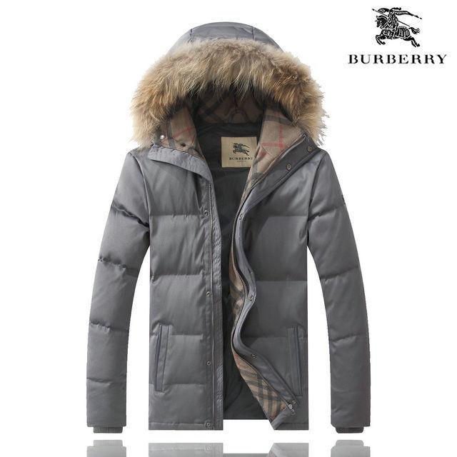 バーバリー BURBERRY コート ジャケットウインドブレーカー ブルゾン バーバリーチェック アウター  ウサギ毛帽子