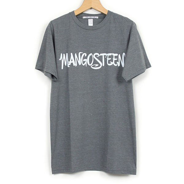 The Dawn B MANGOSTEEN  Tシャツ CHARCOAL