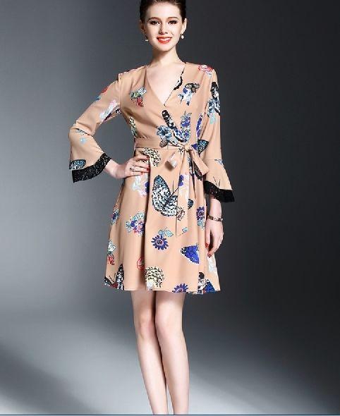 [ドレス ミディアム]♪昆虫 レース Vネック ドレス ブラック・ベージュ(S,M,L,XL)♪