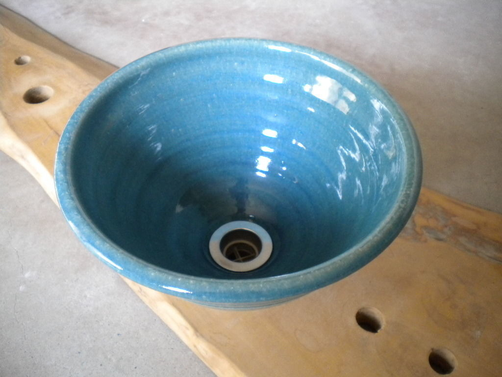 ウォーターブルー(小) 手洗い鉢 24㎝
