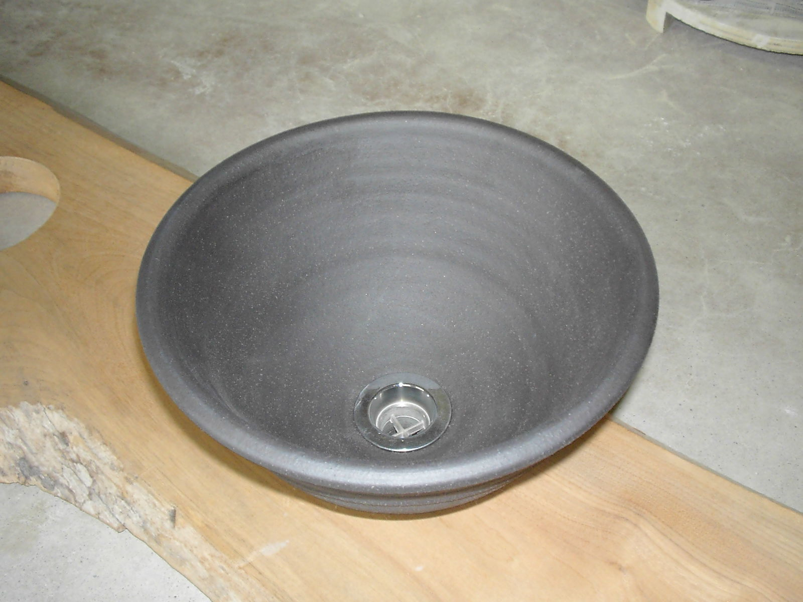 炭化黒焼き締め(小)手洗い鉢