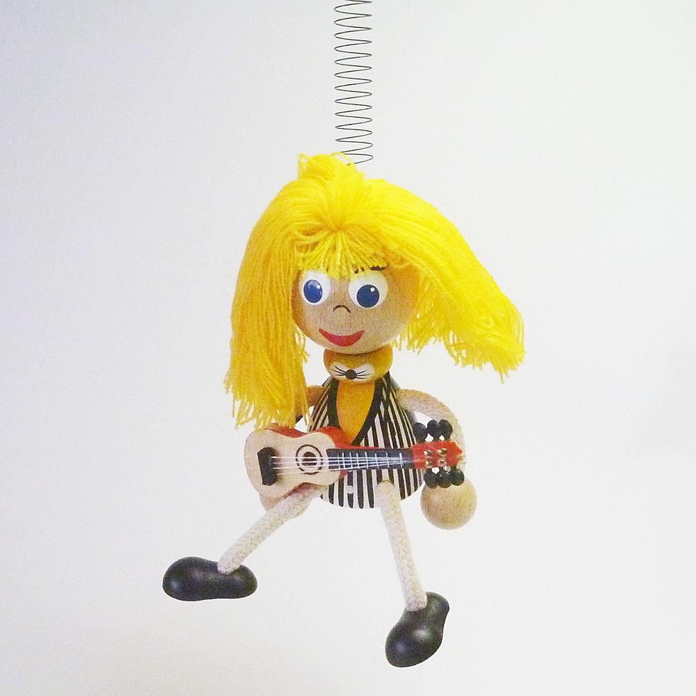 チェコのおすわり人形 ギターリストバネ付人形
