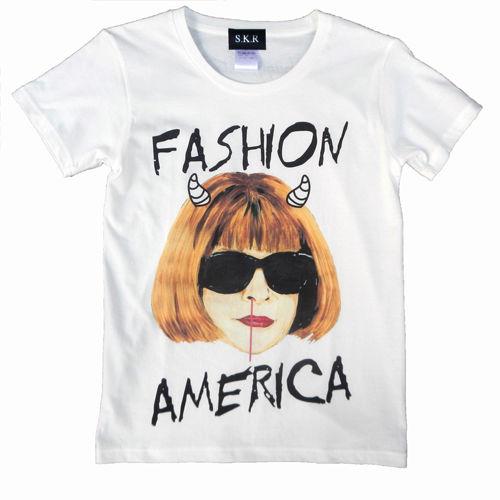【レディース/XS,Sサイズ】【メンズ/Mサイズ】buggy×S.K.R  丸首Tシャツ「Anna Wintour」/バニラホワイト