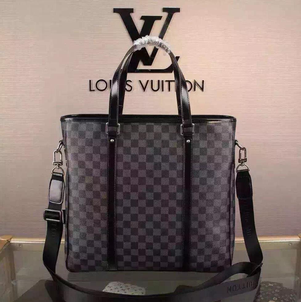 Louis Vuitton Mens ルイヴィトン メンズ    ショルダーバッグ  高級品  51192