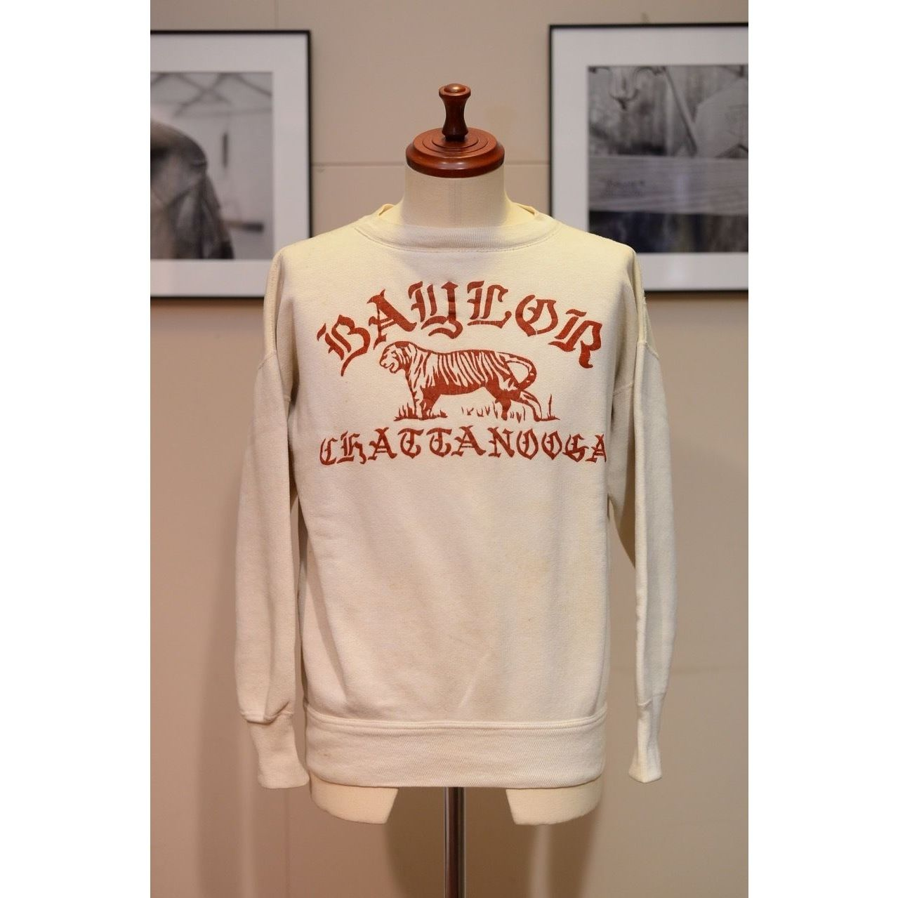 U.S.VINTAGE 50'S フロッキープリントスウェットシャツ