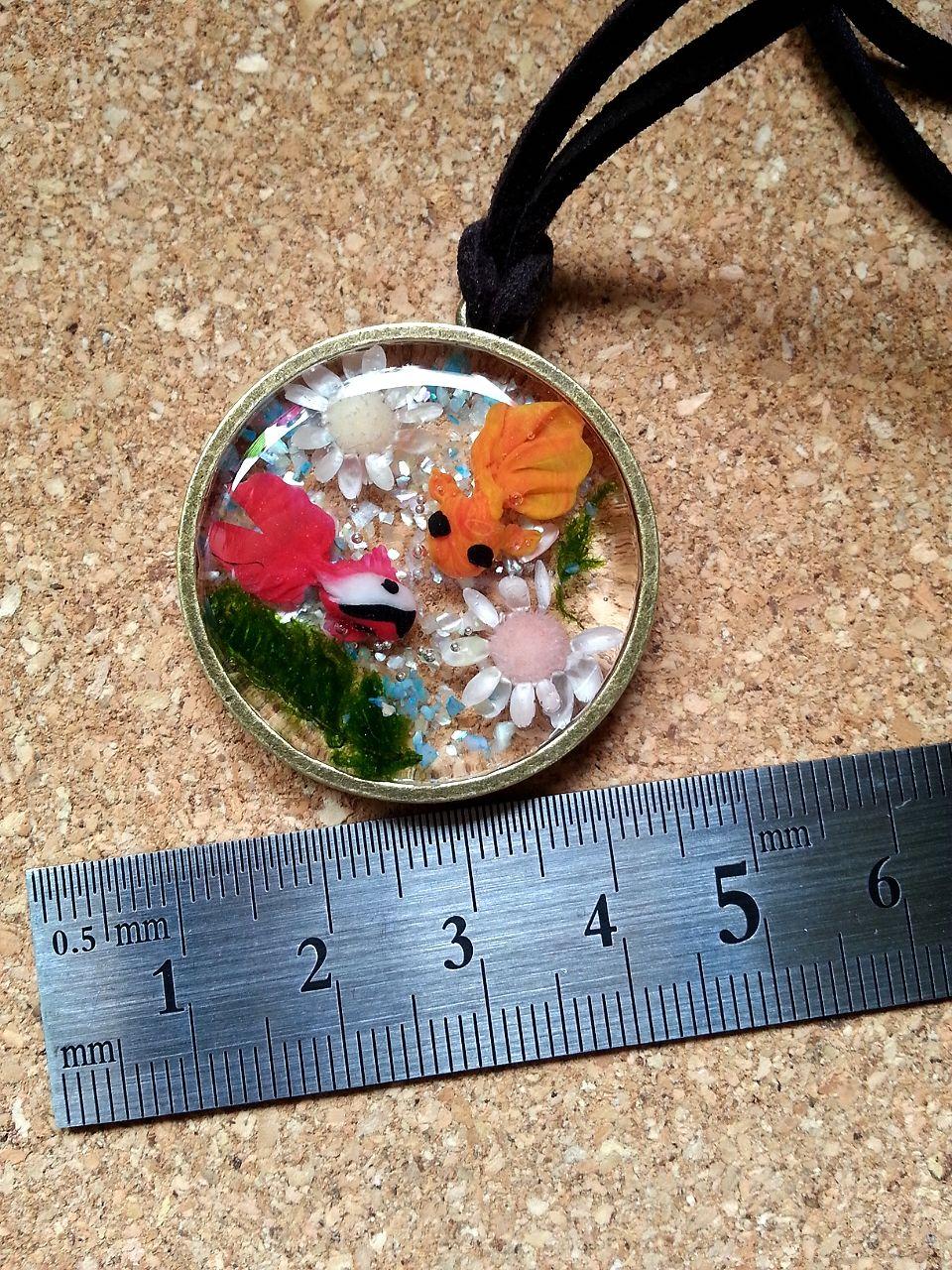 金魚とお花のネックレス