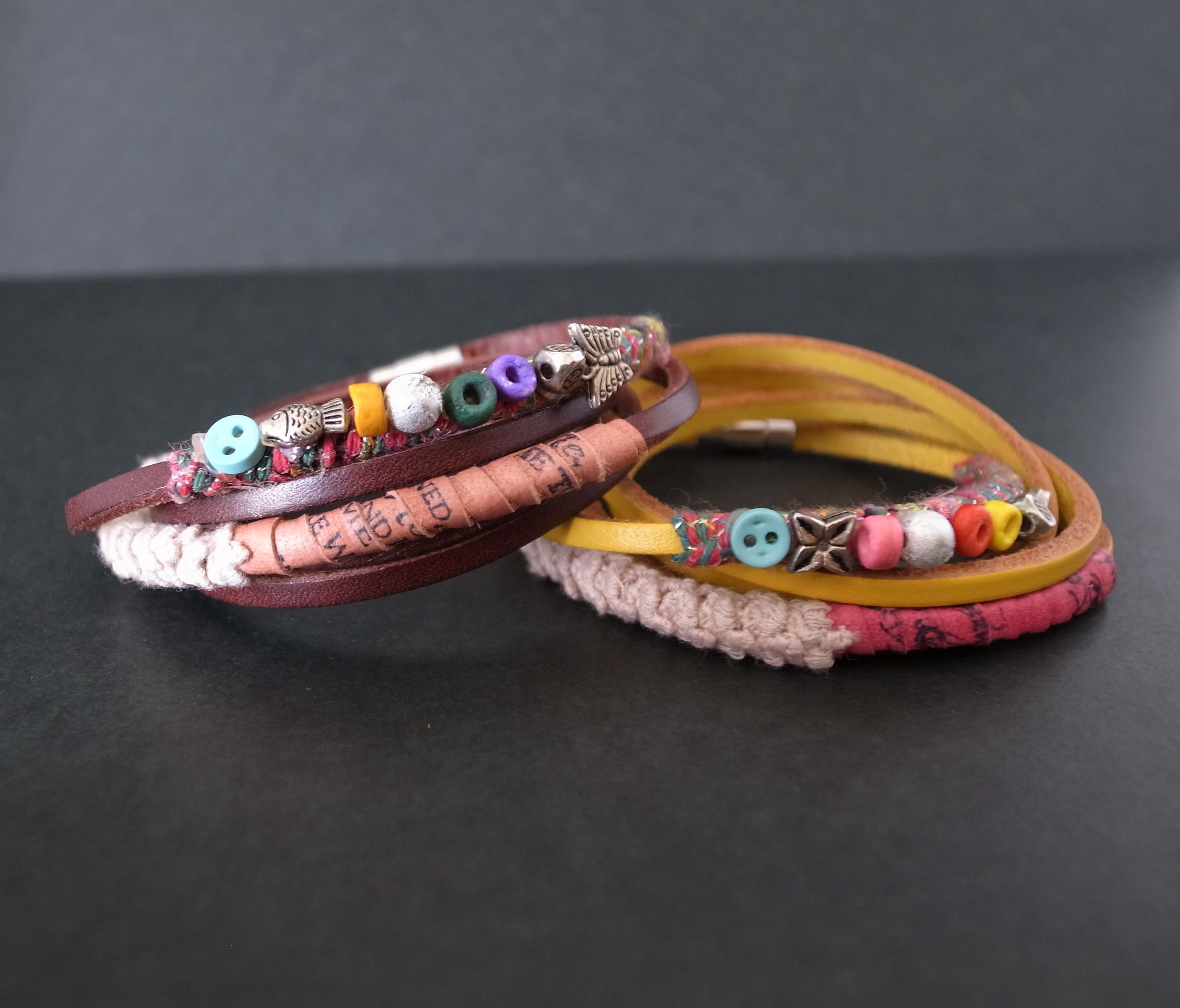 Real lether bracelet / Brown/ Yellow