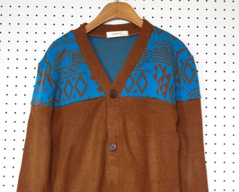 ニットカーディガン こげ茶 × 緑 Mサイズ 【MEERKA】 セーター ブラウン 茶色 デザインニット ネオンカラー