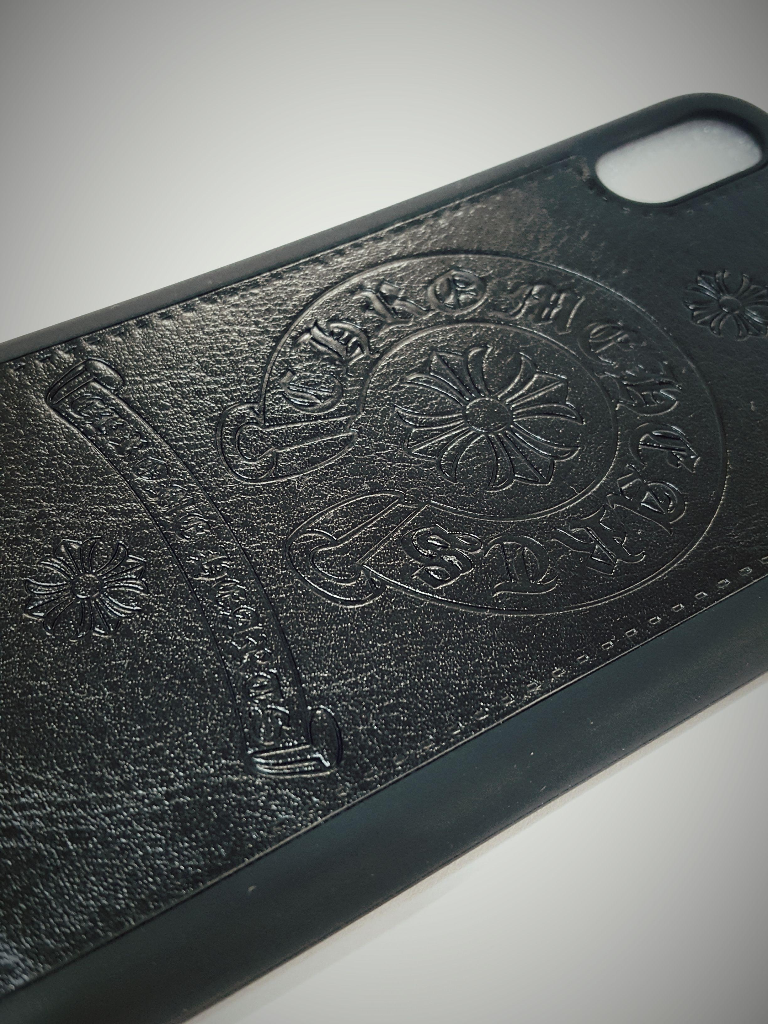 iphoneX スマホケース 人気のホースシューエンブレム タイプクロムハーツ【ブラック・ホワイト・ピンク】のうち1個