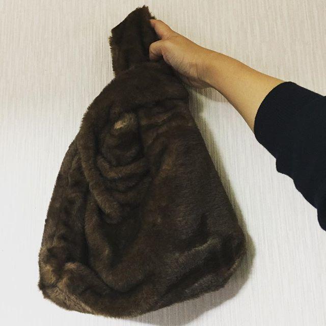 女性自身掲載品☆シモネッタ風ファーバッグ
