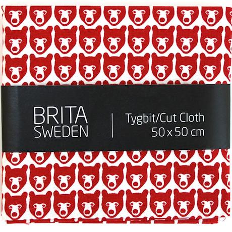 BRITA SWEDEN(ブリタ スウェーデン) カットクロス(50cm X 50cm) 《Stina くま レッド》