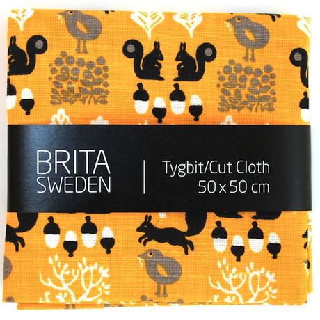 BRITA SWEDEN(ブリタ スウェーデン) カットクロス(50cm X 50cm) 《Sigrid りすプリント イエロー》